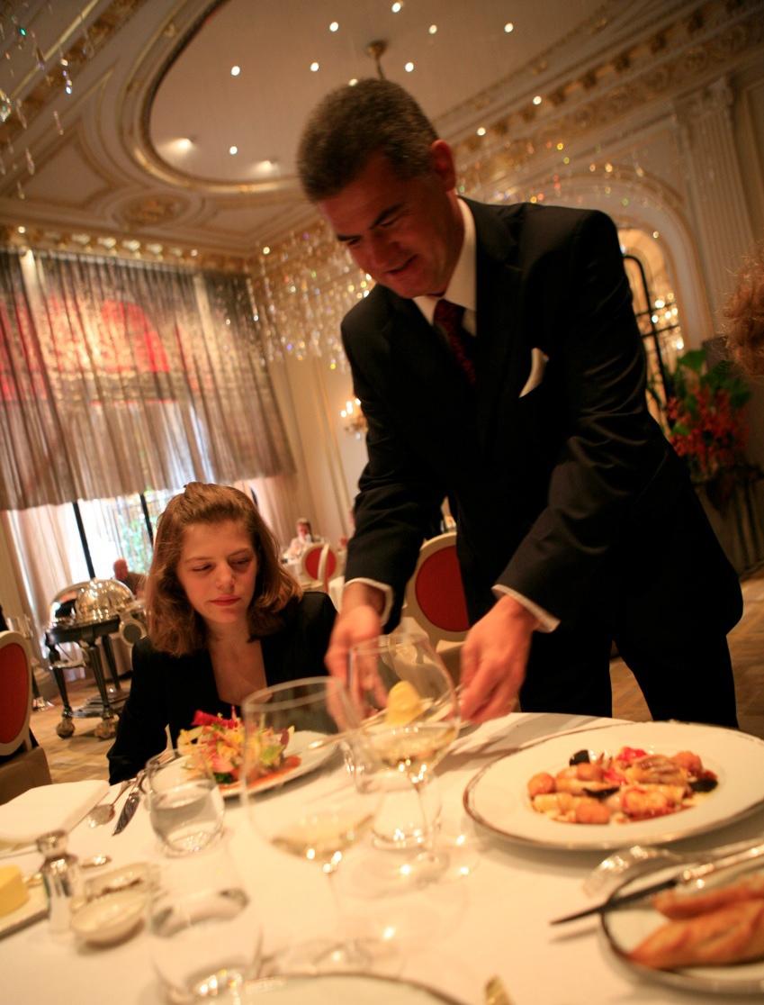 Denis courtiade vivre la restauration - Directeur de restaurant ...